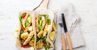 tacos-halloumi-con-salsa-de-piña